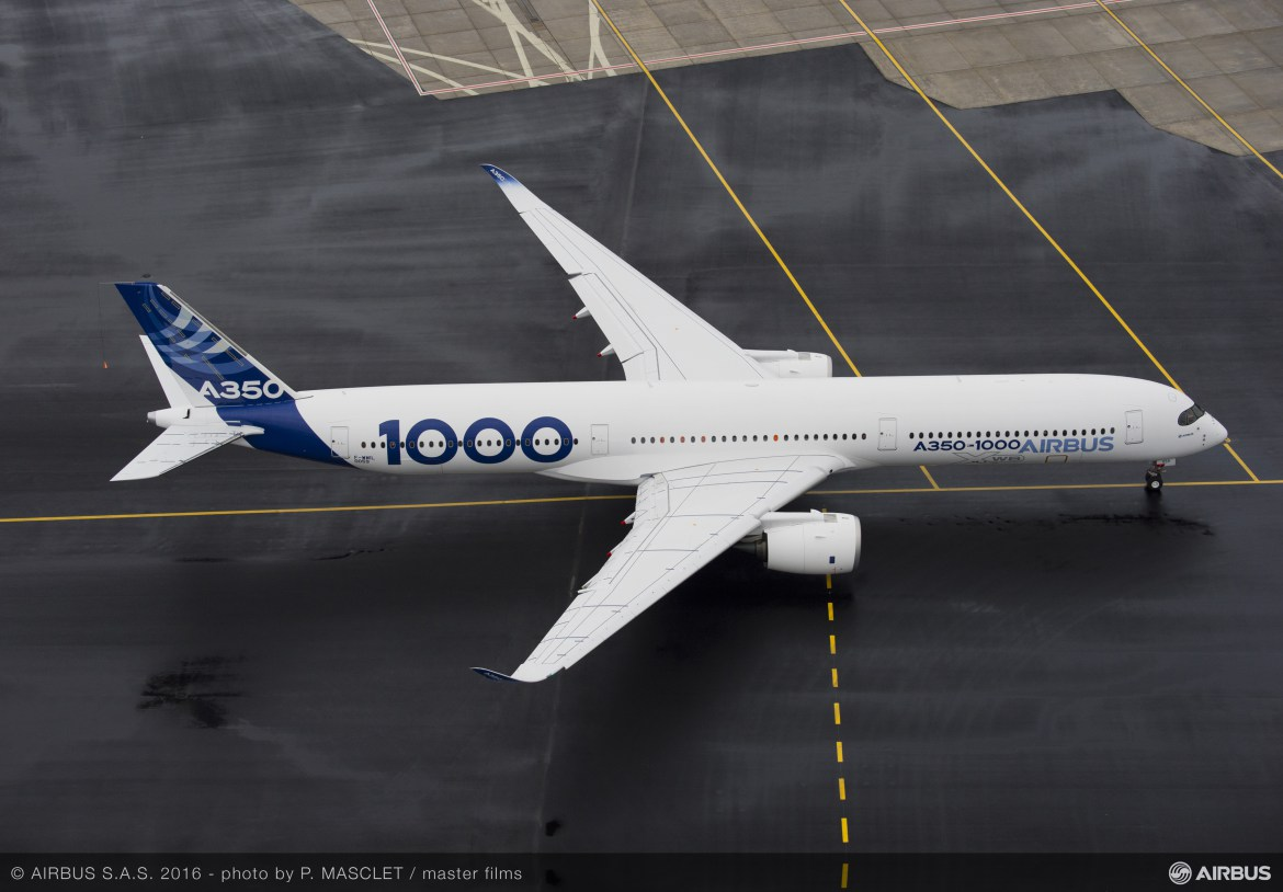 A350-1000 First Flight push back and take off-080